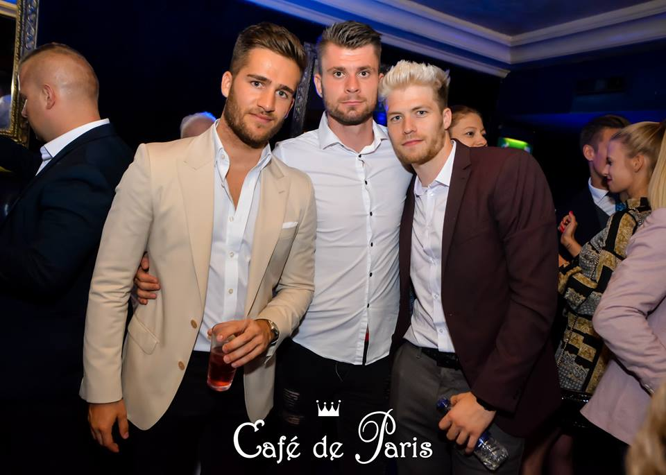 Outfit Cafe de Paris